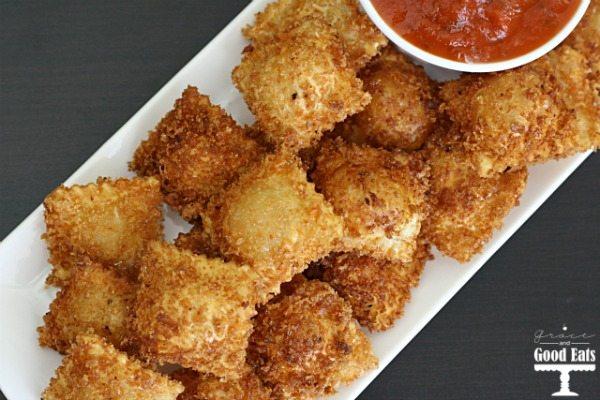 Fried Ravioli with Spicy Marinara
